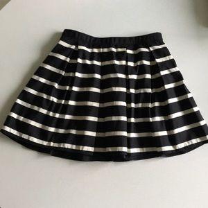 Forever 21 striped mini skirt black and white